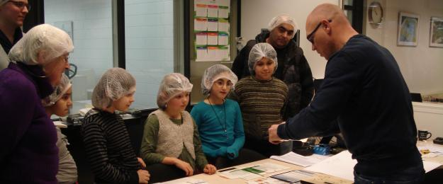 Pupils from the De Zuidwester primary school visit Van Eerd